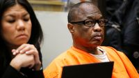 "Asesino en serie ""Grim Sleeper"" muere en prisión de California"