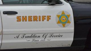 LA County Sheriff's patol car
