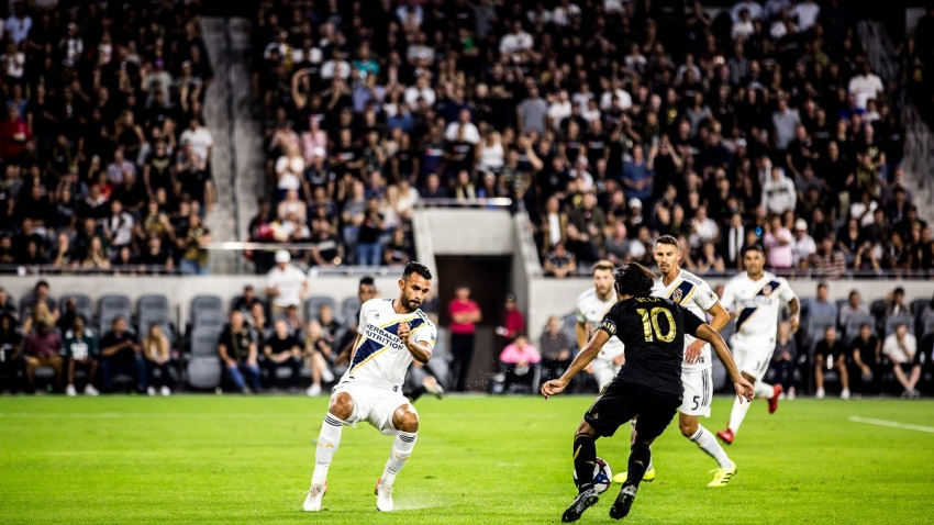 LAFC-Galaxy-Carlos-Vela-goal-3-October-2019