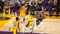 Dos jugadores de los Lakers dan positivo por COVID-19