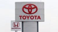 Toyota y Honda llaman a revisión a millones de autos