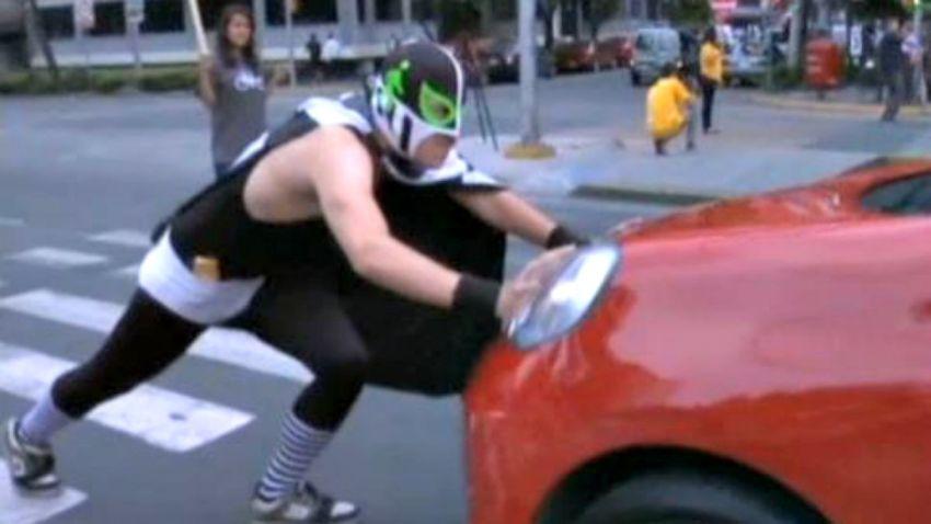 TLMd-mexico-peatonito-superheroe-peatones-