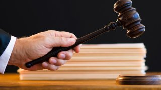 judge gavel generic