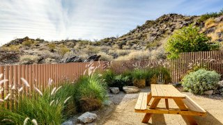 knbc-zsa-zsa-gabor-palm-springs-home-for-sale (42)