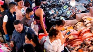 Compra de pescado en Semana Santa