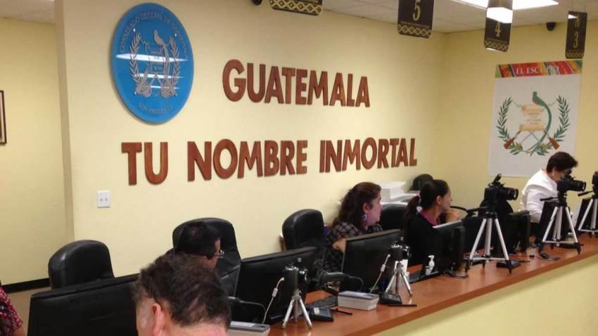 protesta-renuncia-consul-guatemala-los-angeles-