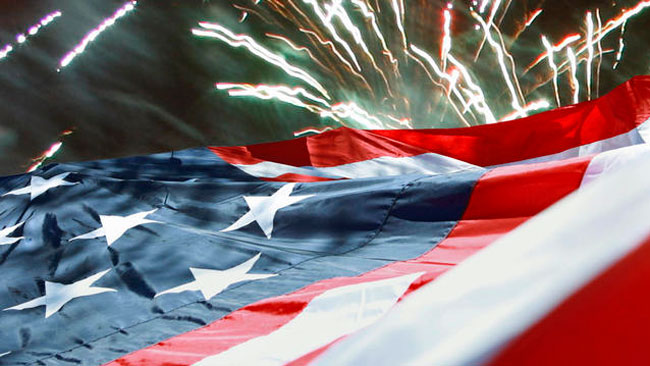 tlmd_fireworks_bandera