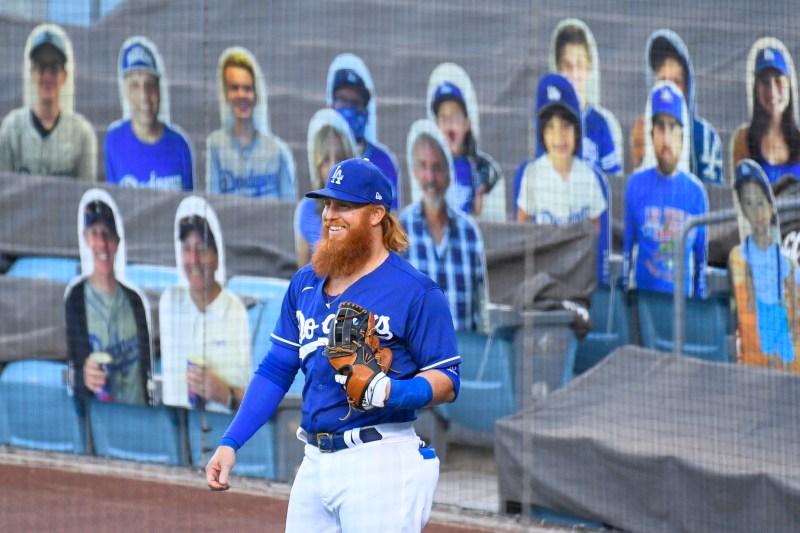Fotos: 'Imágenes' de fanáticos toman sus asientos en el Dodger Stadium