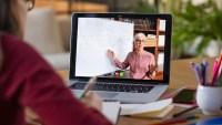 Clases de cocina virtual involucran a padres en educación de sus hijos