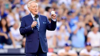 Former Los Angeles Dodgers broadcaster Vin Scully speaks to fans before game two of the 2017 World Series.