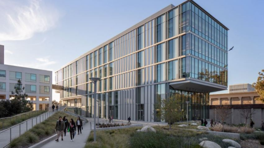 """Landscape Architecture – Orchid UCSD Tata Hall for the Sciences UCSD Revelle College Neighborhood, San Diego Owner/developer: UCSD Architect/designer: Spurlock Landscape Architects """"I think this is a very sophisticated project."""""""