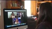 Maestra usa canal de YouTube para ayudar a los alumnos