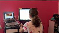 Una joven crea club para motivar a otras adolescentes