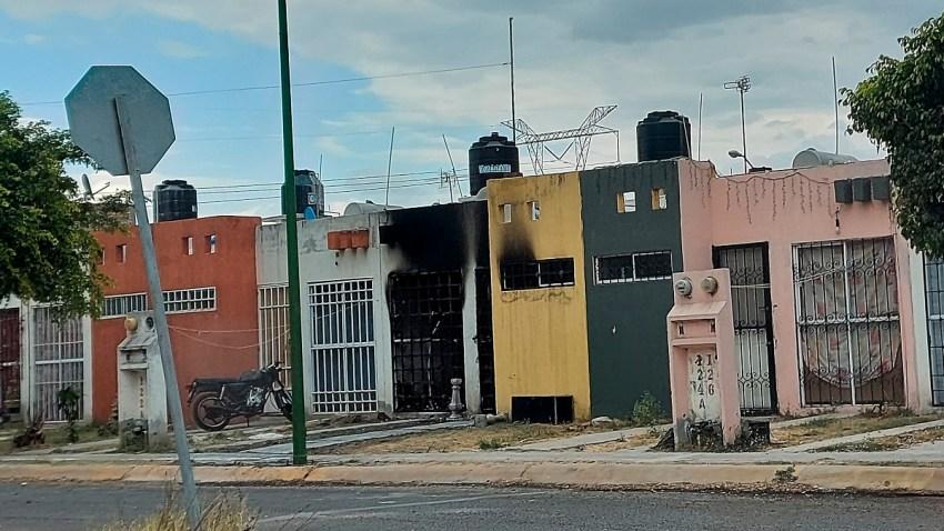 Casa incendiada en Celaya donde asesinaron a tres adultos y un bebé