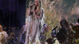 VAX live -- Jennifer Lopez
