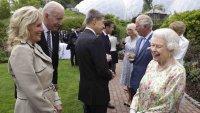 Biden se encuentra con la reina Isabel por primera vez como presidente