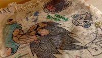 En video: lo que dibujan en los pupitres los estudiantes del mundo