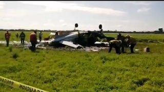 Restos de avioneta que cayó en Durango