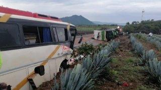 Choque de autobús de pasajeros en Jalisco