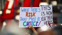 Manifestaciones por exigencia de vacunas contra COVID-19 en escuelas