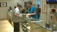 Las autoridades de Los Ángeles estudiarán nuevas medidas contra los dispensarios de marihuana ilegales