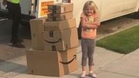 Catherine Lunt no sabía que su hija de 6 años anduvo de compras por internet hasta que fue demasiado tarde para detener la mayoría de las órdenes.