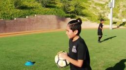 Un joven que se destaca en el fútbol