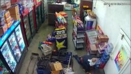 Hombre hace un agujero en una pared para robar una tienda