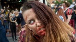 Zombies aterrorizan a una ciudad entera