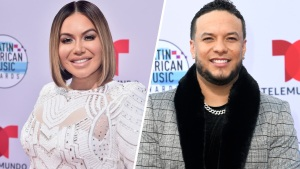 "Chiquis Rivera y Lorenzo Méndez posan separados en los ""Latin AMAs"""