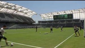 Inauguran Estadio Banc of California