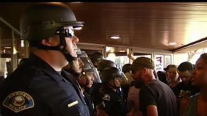 Policía de Anaheim se defiende un informe desfavorable