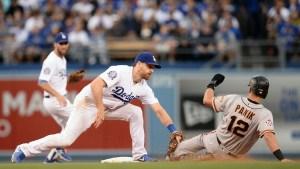 Hundley y Belt responden al bate por Gigantes ante Dodgers