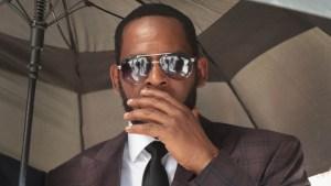 R. Kelly es arrestado con cargos por delitos sexuales