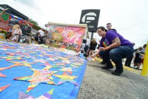 Miles recordaron a las víctimas de la masacre en Pulse