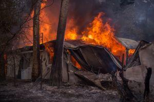Incendio Thomas llega al condado de Santa Bárbara