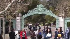 Reducen la matrícula para estudiantes universitarios