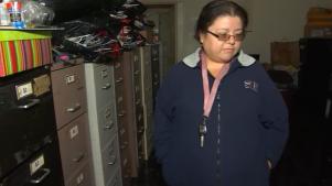 Acusan a madre e hija de estafar a inmigrantes