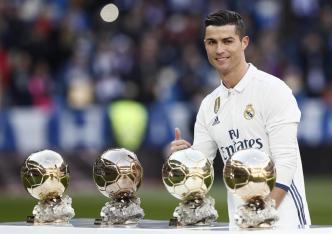 Cristiano dedica el Balón de Oro a la afición
