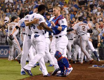 Puig se enfrenta a Hundley y Gigantes remontan ante Dodgers