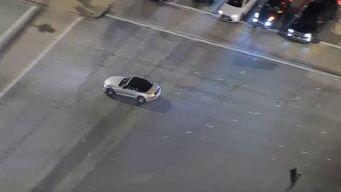 Oficiales persiguen a conductor en Santa Clarita