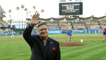 Supervisores de Los Ángeles rinden homenaje a Jarrín
