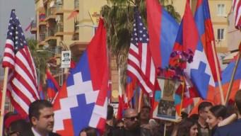 Miles de personas recuerdan aniversario del genocidio armenio