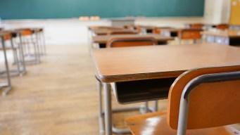 """CA no suspenderá a alumnos por 'desafío deliberado"""""""