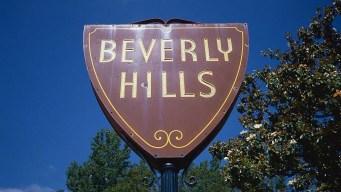 Beverly Hills rechaza bus turístico en distrito comercial