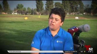 Joven latino busca trascender en el deporte del golf