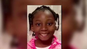 Madre acusada de asesinato de niña