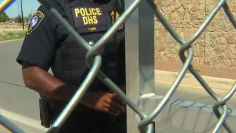 Niegan entrada de alcaldes a campamento de niños detenidos