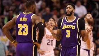 Con triples al final, Lakers vencen a Suns