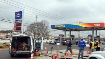 Mezcla de agua y gasolina convierte autos en chimeneas